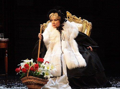 Пиковая дама малый театр билеты забронировать билеты в кино саратов синема 5